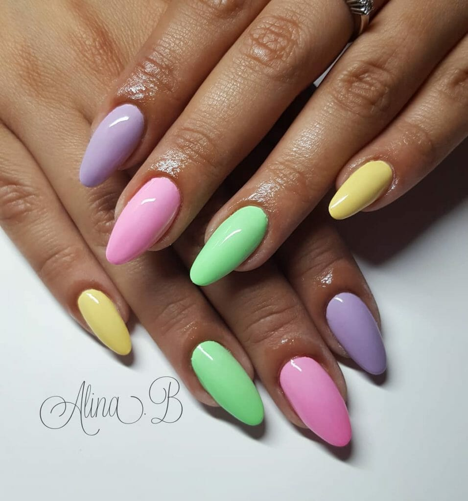 paint each finger with a different color