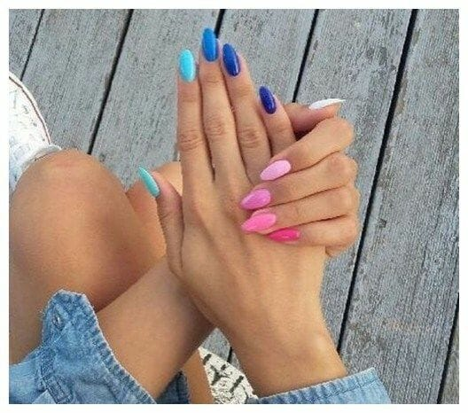 Alternating Ombre Nails