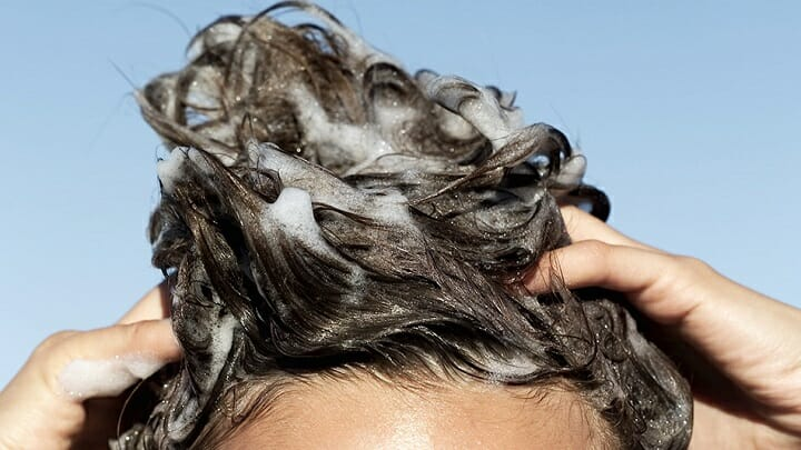What to Look for When Shopping for a Sensitive Scalp Shampoo