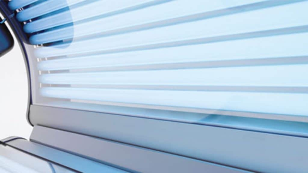 How to Change Tanning Bed Bulbs in 5 Steps?